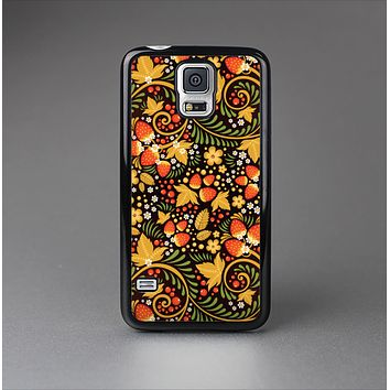 The Colorful Floral Pattern with Strawberries Skin-Sert Case for the Samsung Galaxy S5