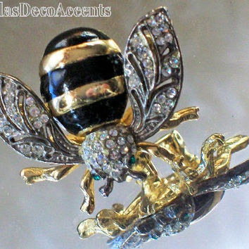 Vintage Bee Pin Gold Silver Combo Color Crystals Black Enamel and Emerald Color Gems EC R-31 a