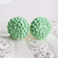 Mint flower post earrings, chrysanthemum earrings, mint flower studs, polymer clay jewelry, spring jewlery