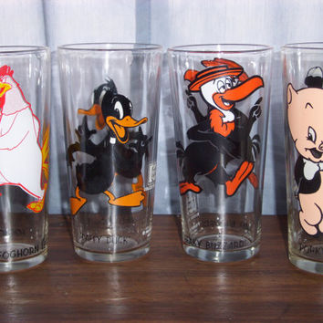 LOONEY TUNES Pepsi 1973 Warner Bros. Inc. Collector Series Glasses