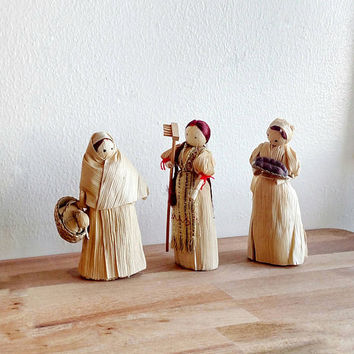 Corn Husk Dolls / Folk Art / Czechoslovakia/ Handmade dolls / Country Home / Cottage Home / Corn Dolly / Set of 3 / Vintage /