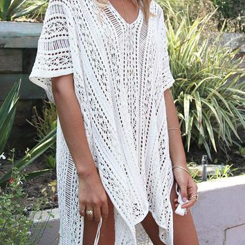 Delicate Crochet Hollow Overlay Design Top
