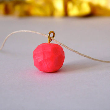Hot pink geo pendant necklace