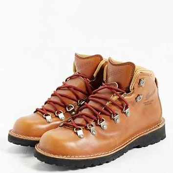 Danner Mountain Pass Horween Rio Boot - Urban Outfitters