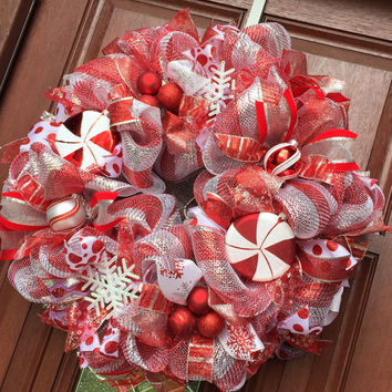 Christmas Wreath / Red Silver Deco Mesh / Candy Cane Peppermint Holiday Wreath / Holiday Decor