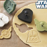 <i>Star Wars</i>™ Heroes & Villains Cookie Cutters