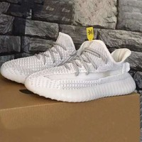 Adidas Yeezy 550 Boost 350 V2 Popular Women Men Breathable Sports Running Shoes Sneakers