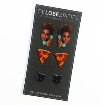 The Essentials Set: Beyonce, Pizza and Black Cats