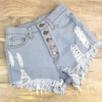 Chloe Shorts - Light Wash