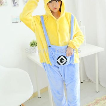Kigurumi Winter Adult Minion Onesuit Cosplay Costume Adult Minion Pajamas Christmas Sleepwear Hoodie Pyjamas