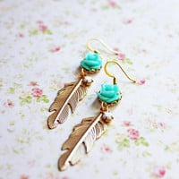 Rose and Gold Feather Earrings. Seafoam Rose Flower. Beach Wedding. Floral Jewelry. Bohemian Chic Wedding. Bridesmaids