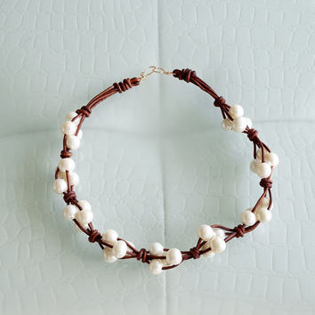 Leather and Pearls Cluster Necklace. Knotted Brown Leather Necklace Big White Round Pearls Choker Necklace Womens Jewelry Bohemian Jewelry