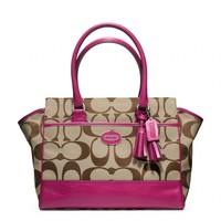 Coach :: Legacy Signature Medium Candace Carryall