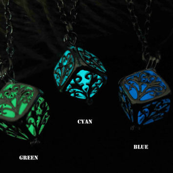 Wish tree Glowing Necklace , The tree of the Forest Glowing Necklace, Glowing Jewelry,Glow Pendant Necklace