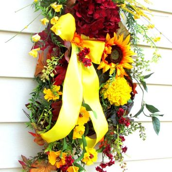 Fall swag for front door, Sunflower wreath, Fall wreath swag, fall door swags, teardrop swag, door swag Fall, Autumn swags, vertical swag,