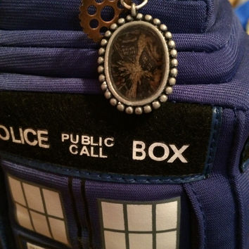 Steampunk Exploding TARDIS Necklace (18 inch.)