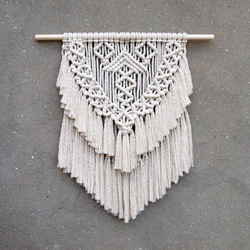Boho wall hanging Medium size macrame wall hanging Bohemian wall decor Woven wall hanging tapestry Modern macrame wall art Living room decor