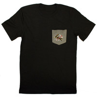 Maryland in Maryland in Maryland Crab (Black) / Pocket Shirt