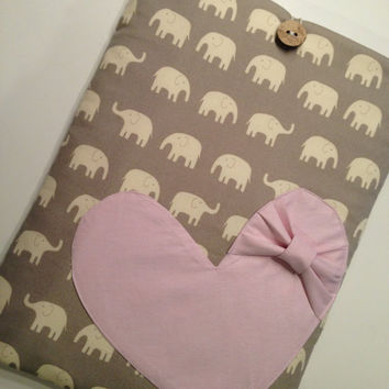 """Macbook Pro 13 Sleeve MAC Macbook Air / Pro 13"""" inch Laptop Computer Case Cover Grey Elephant with Bow Heart"""