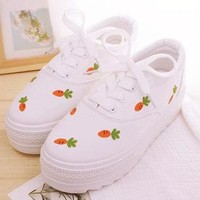 CARROT SHOES (WHITE) from Storeunic