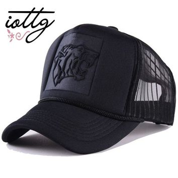 Trendy Winter Jacket IOTTG 2018 New Hip Hop Tiger Skeleton Print Curved Baseball Caps Summer Mesh Snapback Hats For Women Men casquette Trucker Cap AT_92_12