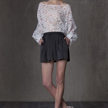 Alexis Anna Bel Lace Top with Puff Sleeve in White Flower