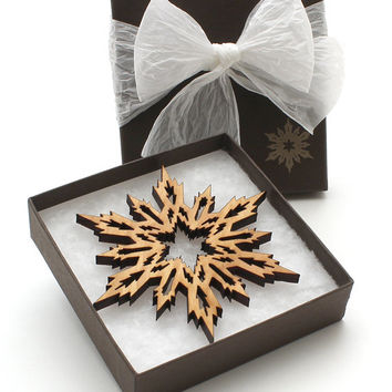 Wood Christmas Decor Snowflake Ornament Gift Box - Timber Green Woods