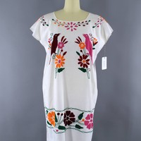 Vintage 1970s Oaxacan Mexican Embroidered Cotton Gauze Caftan Dress / White & Pink Parrots