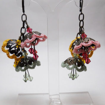 Boho dangle Flowers earrings -  Summer Flowers - Green Pink Yellow Brown