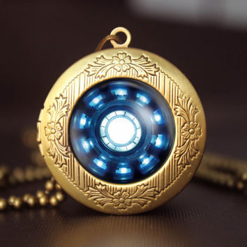 Iron Man Arc Reactor Locket, Iron Man Inspired jewelry, Iron Man Inspired necklace, Gift vintage pendant locket necklace superhero gift