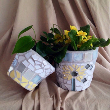 Flower pot, terra cotta planter, handmade mosaics, outdoor garden decoration, plant holder, home decor, hosewarming gifts