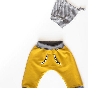 Baby harem pants | Boho  Baby Sweatpants | Organic French terry | Mustard | Baggy pants | Hipster baby clothing | Unisex. 3m - 2 years