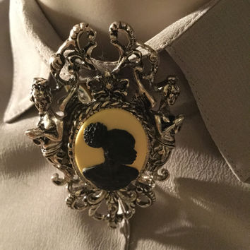 Brown Lady vintage cameo  brooch/Free Shipping