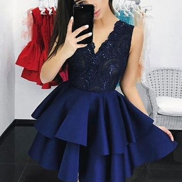 Royal Blue Sequin Lace V-neck Short Homecoming Dresses With Applique Beading