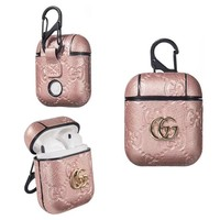 GUCCI PENDANT EMBOSS AIRPODS CASE - PINK