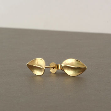 Gold stud earrings, 14k solid yellow gold earrings, leaf earrings, hammered gold posts