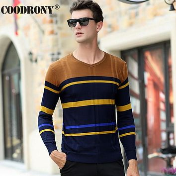 New Winter Cashmere Sweater Men Clothing Fashion Striped V-Neck Pullover Men Christmas Wool Sweaters