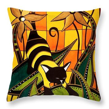 Kitty Bee - Cat Art By Dora Hathazi Mendes Throw Pillow