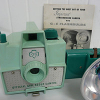 RARE 1957 Girl Scout Flash Camera, Mint Green, Instruction Booklet, Bakelite Box Camera with Flash Unit, Imperial Mark XII, Collectible