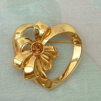 AVON Topaz Rhinestone Heart Ribbon Bow Pin Vintage Sweetheart Jewelry