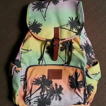 VICTORIA SECRET TROPICAL ISLAND PALM TREES BACKPACK TOTE BAG LOVE PINK NEW 2013