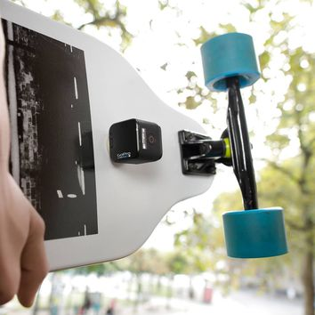 GekkoGum – The Quickest Smartphone and GoPro Mount