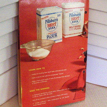 100 New Bake-Off Recipes Pillsbury 1964 booklet