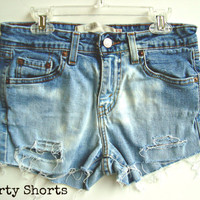Levi Jean Shorts Low Waisted Size 3 by shortyshorts on Etsy
