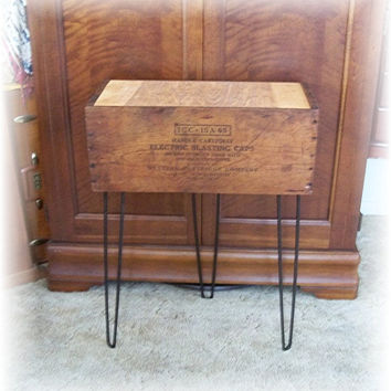 Shipping Crate TABLE w Eames Era Hairpin Metal by MrsRekamepip