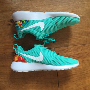 CUSTOM Nike Roshe Run Floral Mens.