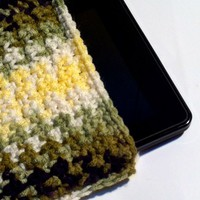 Kindle Cover Keeps Your Ereader Safe/Clean While Charging or on the Go
