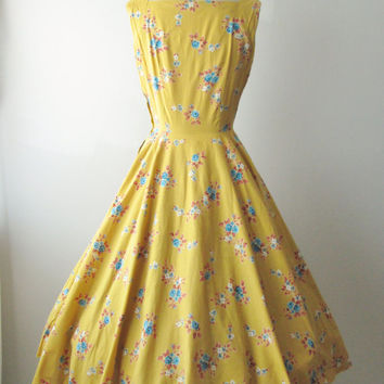 50's Floral Dress // 1950's Floral Print Cotton Garden Party Full Summer Dress XS