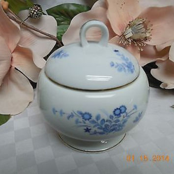 Mikasa China Dinnerware Westwind Pattern #: L1008 in blue Covered Sugar bowl