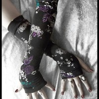 Dianthus Dreaming Arm Warmers - Black - Teal Green Violet Purple Lavender White Floral - Yoga Gothic Belly Dance Goth Cycling Hooping Light